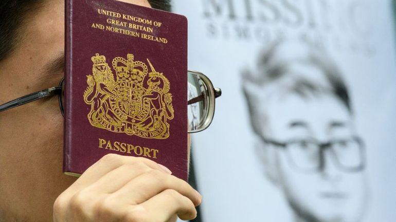 """Hong Kong : l'employé du consulat britannique arrêté pour avoir """"sollicité des prostituées"""", selon la presse chinoise"""
