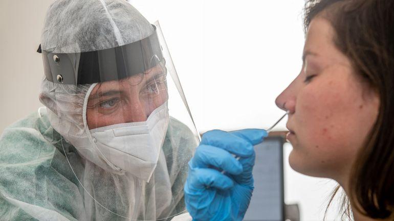 Coronavirus en Belgique : 517 infections par jour en moyenne, la barre des 70.000 cas franchie