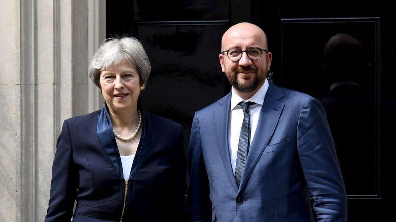 """Rapatriement des djihadistes de Syrie: Charles Michel et Theresa May auront une """"approche parallèle"""""""