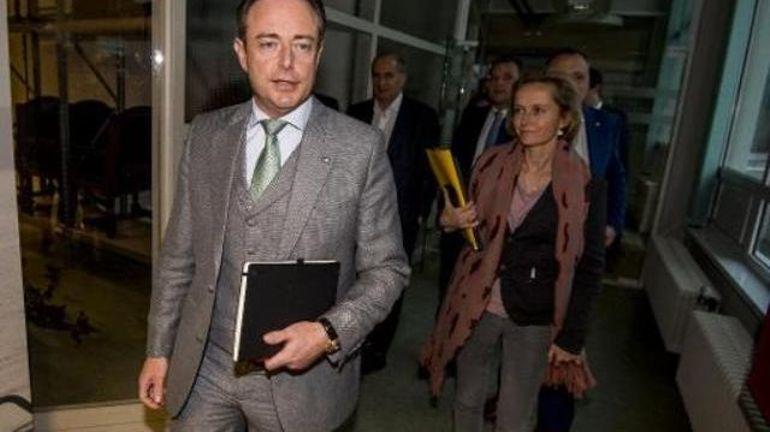 """Bart De Wever répond à Paul Magnette: """"Logique que le PS veuille revenir en nous excluant"""""""