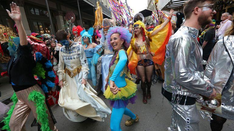 Le carnaval de la Nouvelle-Orléans, bombe à propagation du coronavirus en Louisiane