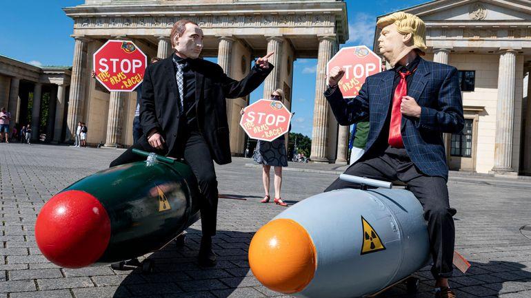 56 anciens dirigeants occidentaux appellent à signer le traité sur l'interdiction des armes nucléaires