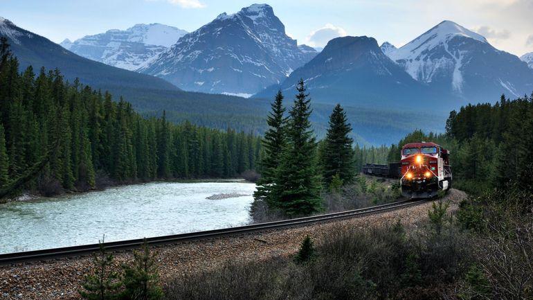 Canada: la mobilisation d'autochtones paralyse le transport ferroviaire