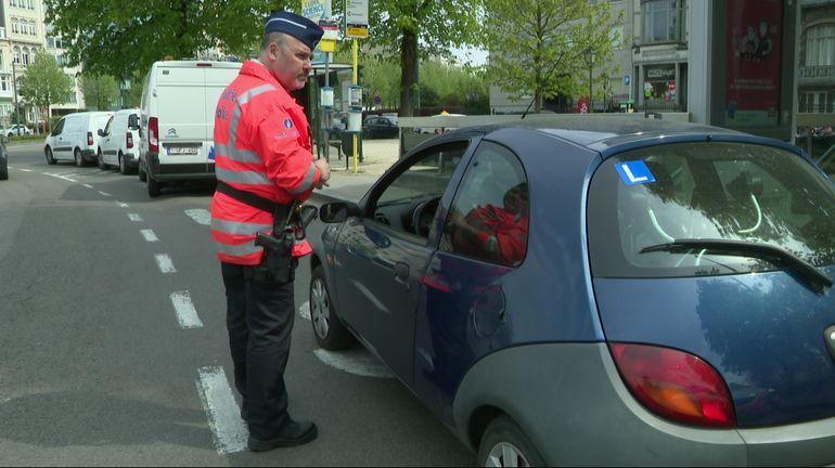 100 conducteurs sans permis interpellés chaque jour en Belgique: un gros risque par rapport à l'assurance