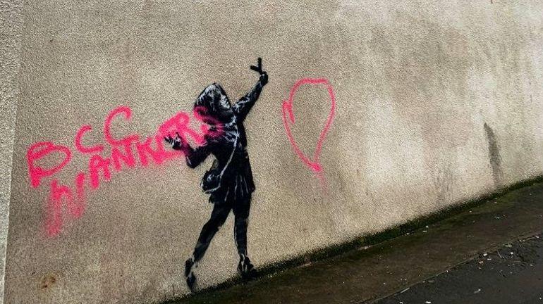 La nouvelle oeuvre de Banksy pour la Saint-Valentin déjà vandalisée