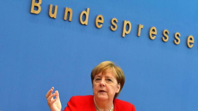Tweets racistes : Angela Merkel fait la leçon à Donald Trump sur la grandeur de l'Amérique