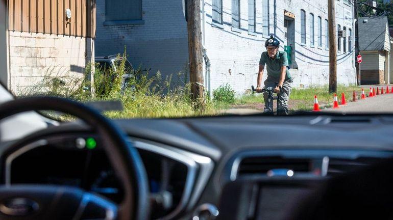 similaires etats unis uber lance revolution location voiture autonome