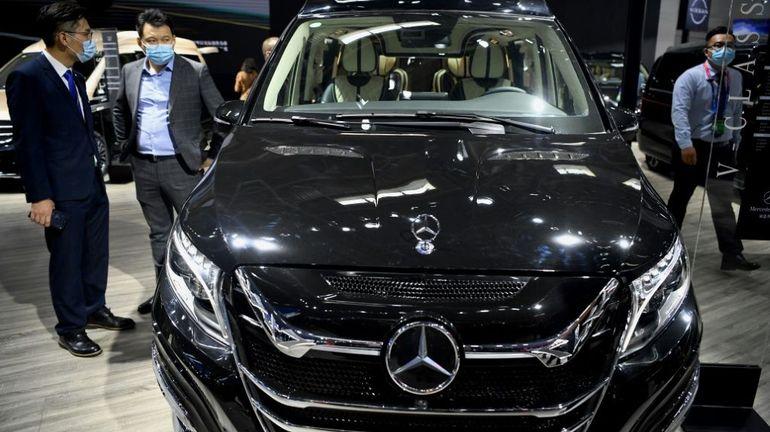 Chine: le premier salon de l'auto post-pandémie attire la foule