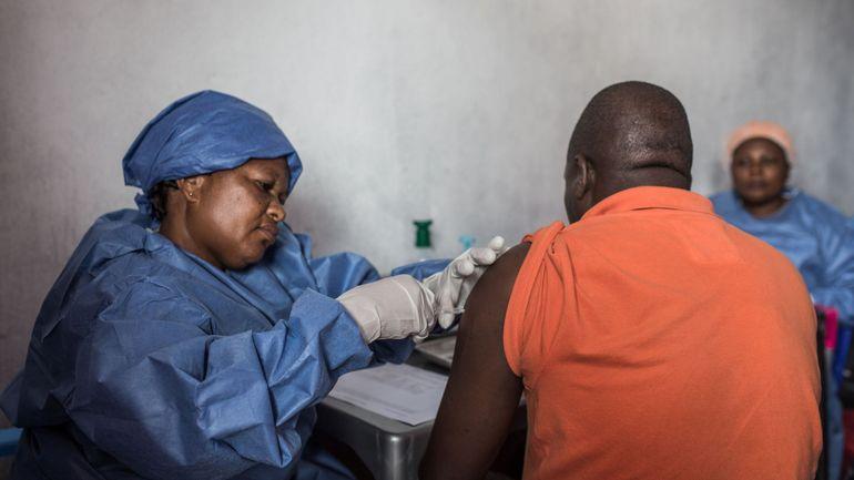 RDC: un agent de santé, pourtant vacciné, infecté par le virus Ebola