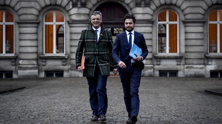 Formation fédérale: Georges-Louis Bouchez et Joachim Coens attendus chez le Roi