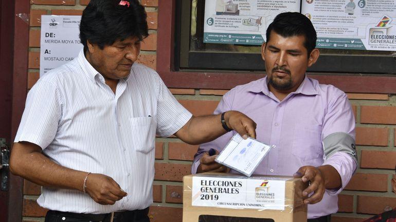 Elections en Bolivie: Evo Morales en tête, mais contraint à un second tour inédit