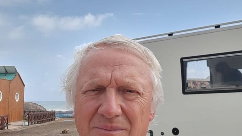 """Michel et Noëlle sont toujours bloqués avec leur camping-car au Maroc:""""Personne ne nous répond"""""""