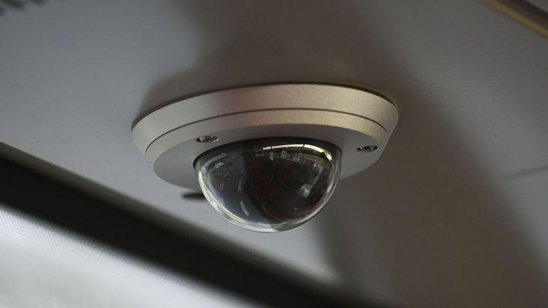 A quelles conditions un patron peut-il surveiller ses employés avec des caméras?