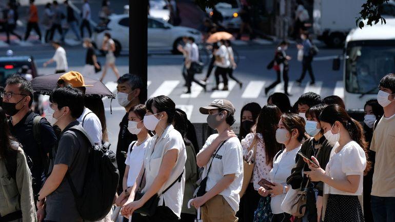 Coronavirus au Japon : pour la première fois, le nombre d'infection dépasse les 1000 cas en un jour