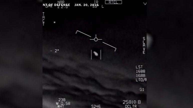 L'US Navy reconnaît la présence d'OVNIs sur des vidéos enregistrées par ses pilotes