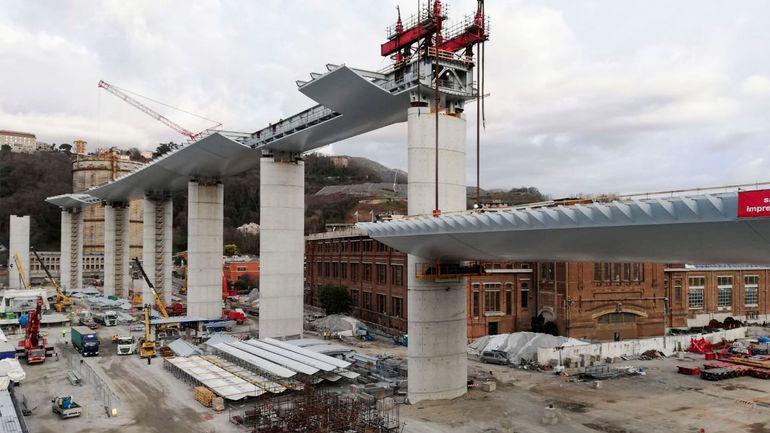 Italie: malgré la crise sanitaire, Gênes va poser le dernier tronçon de son nouveau pont Morandi ce mardi