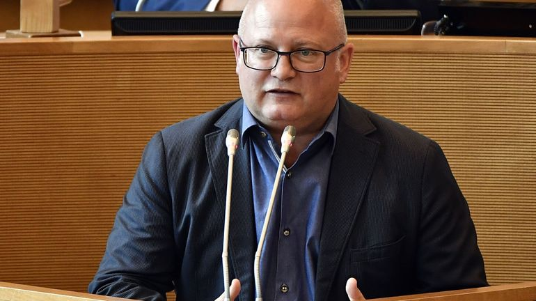 Jeu de chaises musicales à Frasnes et Mouscron après la nomination de Jean-Luc Crucke comme ministre