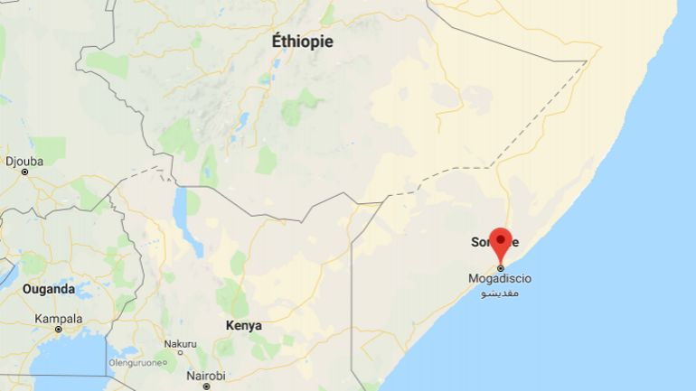 """Somalie: """"forte explosion"""" sur un marché de Mogadiscio """"densément peuplé"""" (police)"""