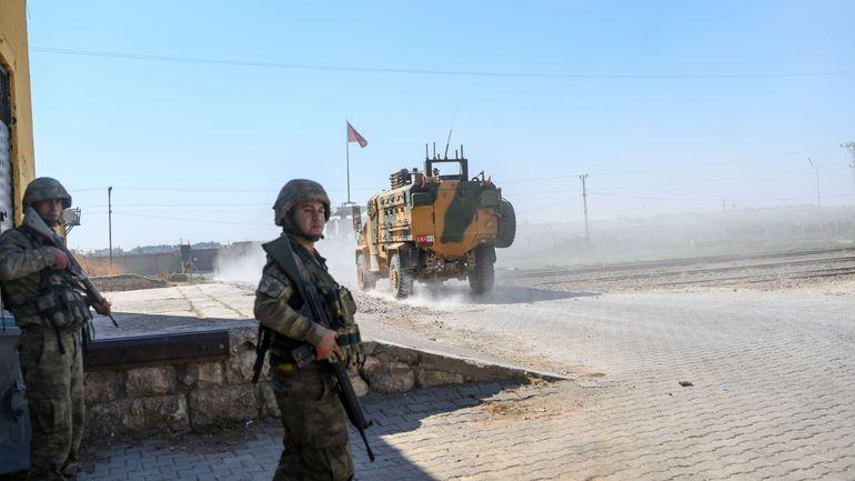 Syrie: les Kurdes disent avoir repoussé un nouvel assaut, la Turquie dit progresser à l'est de l'Euphrate