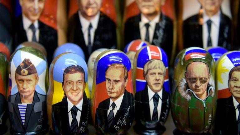 Vladimir Poutine, incontournable des boutiques de souvenir en Russie (vidéo)