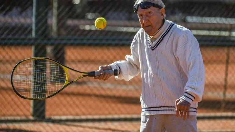 Bouger, même sans transpirer, prolonge la vie des seniors