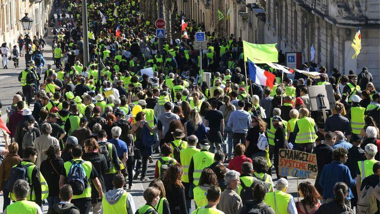 Gilets jaunes: l'efficacité des forces de l'ordre françaises remise en question