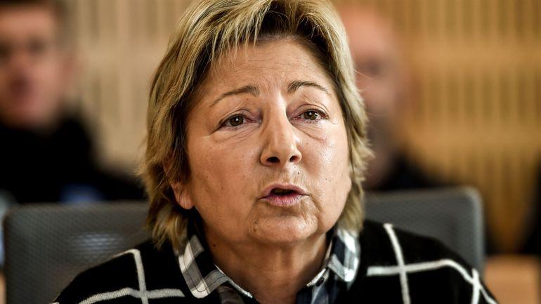 """Asile et migration: la maire de Calais demande à Boris Johnson de """"se calmer"""""""