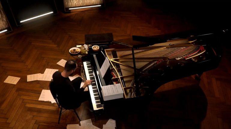 Le pianiste Igor Levit joue du Satie durant 20 heures pour mettre en lumière le sort des artistes en temps de coronavirus