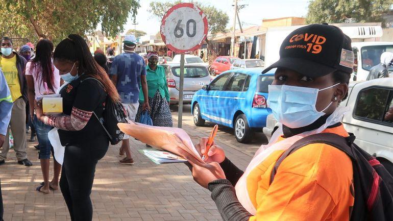 Porte-à-porte, tests en rue& Face au coronavirus, l'Afrique du Sud a déployé les grands moyens