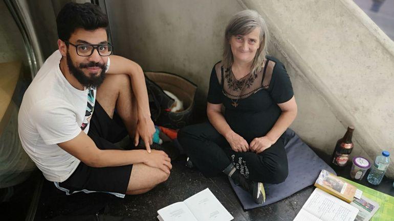 """""""Poésie de la rue"""" un recueil né de la rencontre entre une SDF et un étudiant verviétois"""