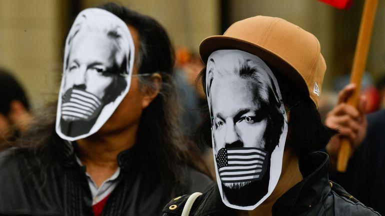 Fuites démocrates: Trump aurait proposé de gracier Assange s'il disculpait la Russie