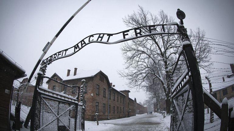 Le club Chelsea veut envoyer ses supporters racistes visiter Auschwitz