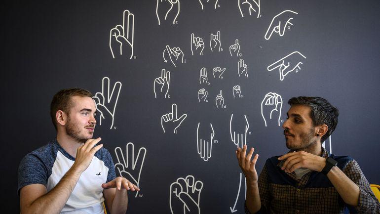 Interprète en langue des signes, un métier en pénurie