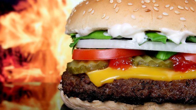 Histoire – Comment le burger a envahi le monde